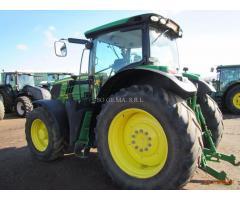 John Deere 6210R  - 2012 trattore agricolo